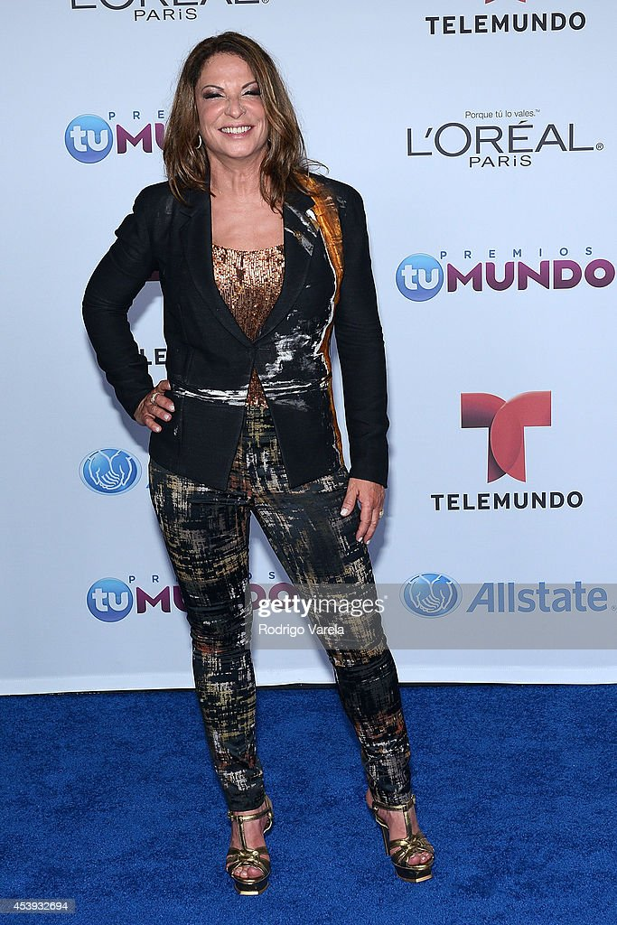 Ana Maria Polo arrives at Premios Tu Mundo Awards at American Airlines Arena on August 21, 2014 in Miami, Florida.
