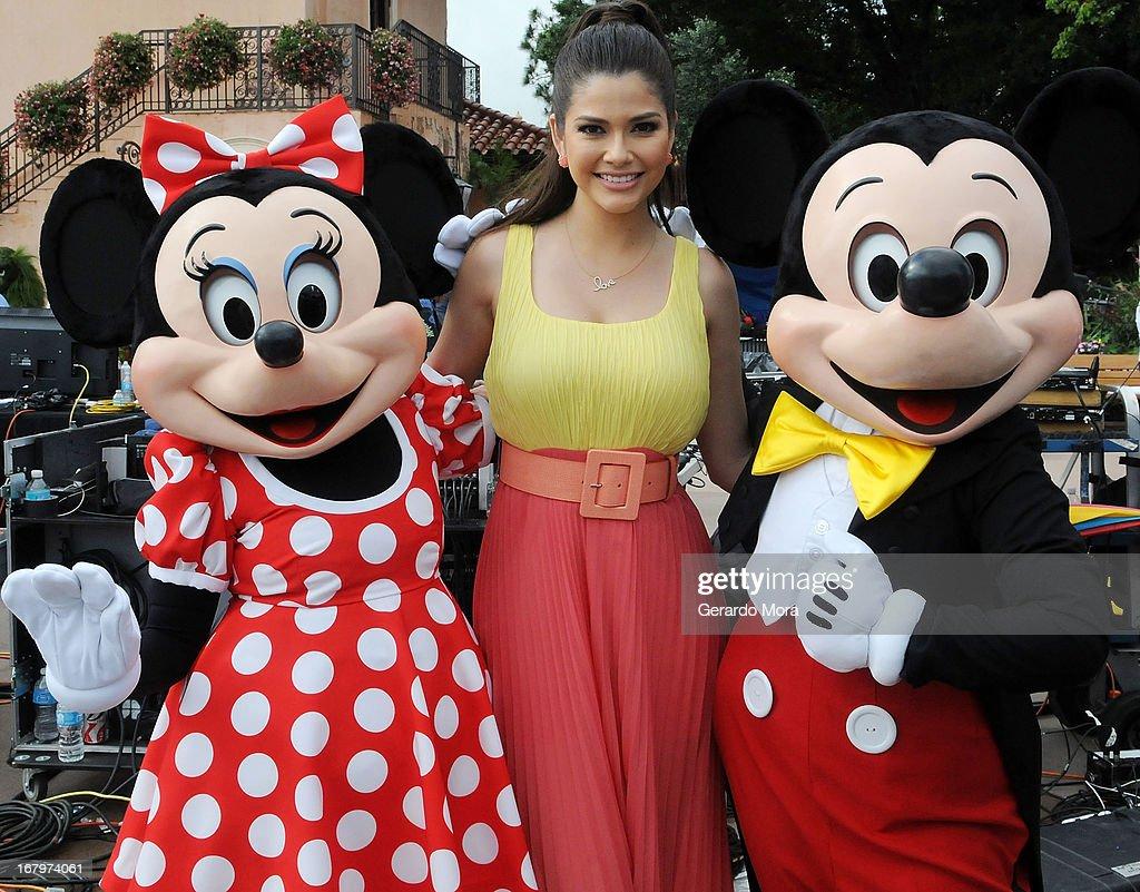 "Univisions ""Despierta America"" Broadcasts From Disneys Epcot Center"