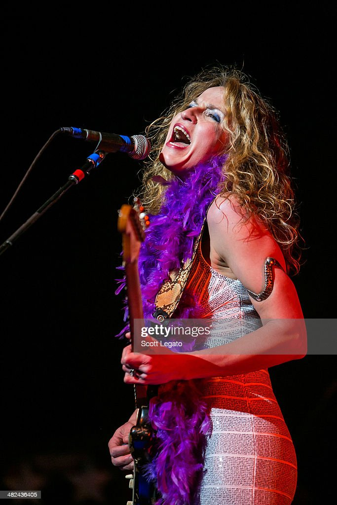 Ana Popovic performs during the Experience Hendrix 2014 Tour at The Fox Theatre on April 3, 2014 in Detroit, Michigan.