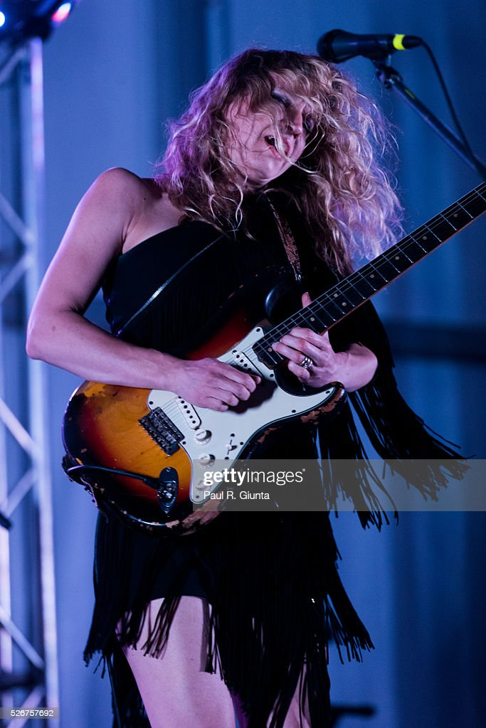 Ana Popovic performs on stage at the Beale Street Music Festival on April 30, 2016 in Memphis, Tennessee.
