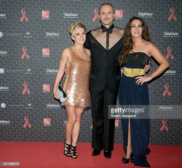 Ana Torroja Miguel Bose and guest attend the photocall for the 'Gala against HIV' during Worlds AIDS Day at the hotel W on December 1 2010 in...