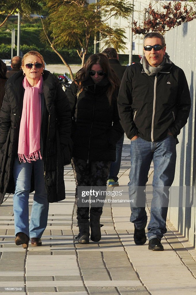 Anabel Pantoja (C) and Agustin Pantoja (R) arrive at Malaga court in the last day for the ongoing trial for alleged money-laundering and embezzlement on January 29, 2013 in Malaga, Spain. The 2006 scandal has put nearly 100 people on trial for alleged involvement in bribes to city officials by property developers for planning permissions.