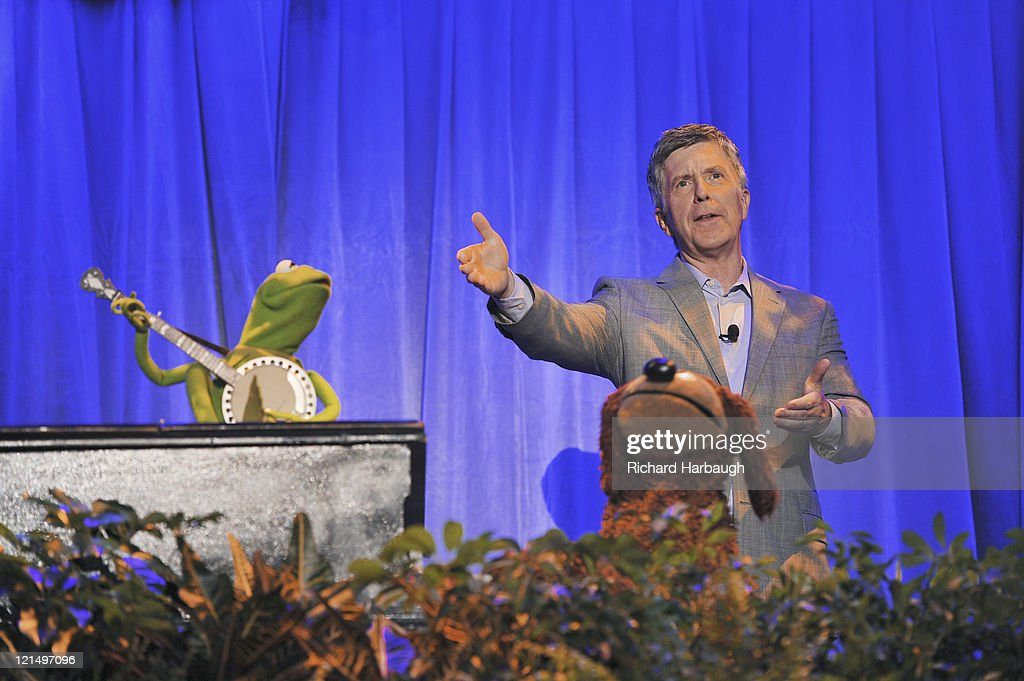 CEREMONY - Anaheim, California (August 19, 2011) - Men and women who have contributed to the creative legacy of The Walt Disney Company were honored in a special presentation, hosted by Tom Bergeron. The full list of honorees includes renowned celebrities, actors and artists. BERGERON