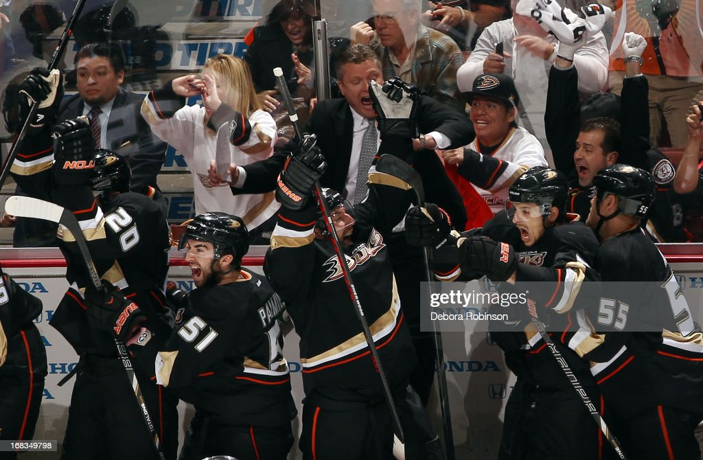 Anaheim Ducks players celebrate their 3-2 overtime win against the Detroit Red Wings in Game Five of the Western Conference Quarterfinals during the 2013 NHL Stanley Cup Playoffs at Honda Center on May 8, 2013 in Anaheim, California.