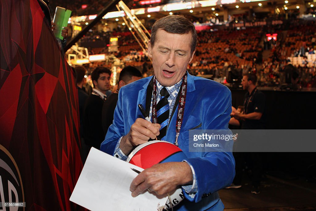 Analyst, <a gi-track='captionPersonalityLinkClicked' href=/galleries/search?phrase=Craig+Sager&family=editorial&specificpeople=617407 ng-click='$event.stopPropagation()'>Craig Sager</a> signs a ball for fans during the contests of the as part of NBA All-Star 2016 on February 13, 2016 at the Air Canada Centre in Toronto, Ontario Canada.