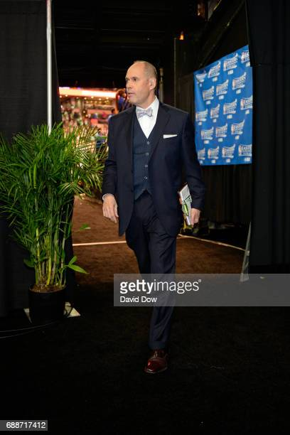 Analyst Ernie Johnson walks off the court after Game Five of the Eastern Conference Finals between the Cleveland Cavaliers and the Boston Celtics...