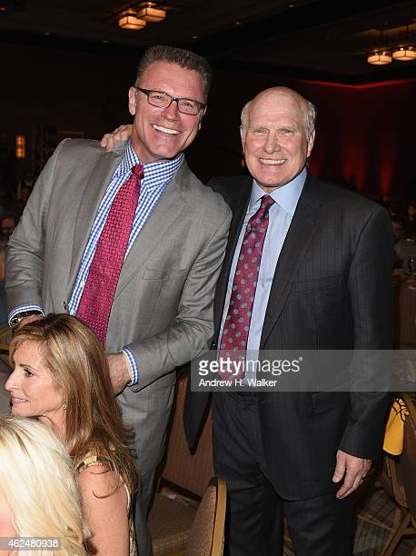NFL analyst Howie Long and honoree Terry Bradshaw attend the Friars Club Roast of Terry Bradshaw during the ESPN Super Bowl Roast at the Arizona...