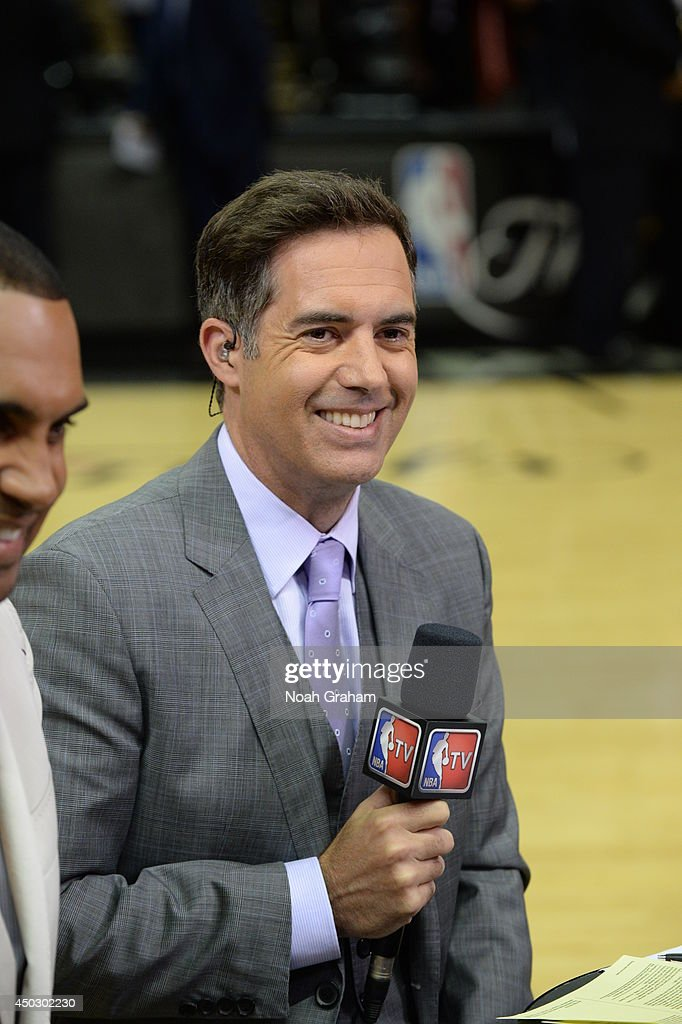 NBA analyst <a gi-track='captionPersonalityLinkClicked' href=/galleries/search?phrase=Matt+Winer&family=editorial&specificpeople=7033466 ng-click='$event.stopPropagation()'>Matt Winer</a> before the game between the Miami Heat and San Antonio Spurs in Game Two of the 2014 NBA Finals at AT&T Center on June 8, 2014 in San Antonio, Texas.