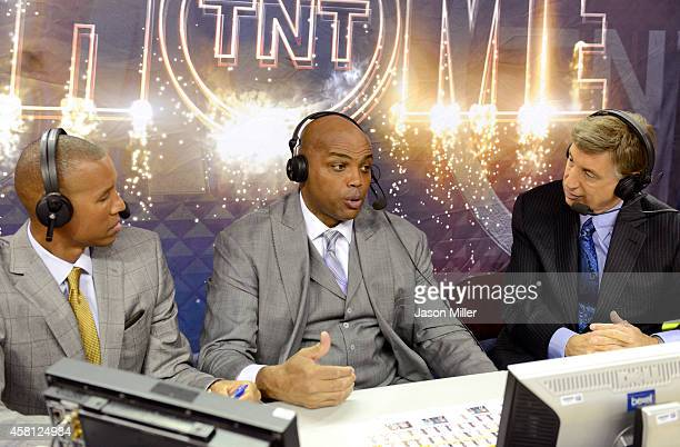 TV analysts Reggie Miller Charles Barkley and Marv Albert speak before a game between the Cleveland Cavaliers and the New York Knicks at Quicken...