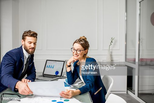 Analytic managers team working at the office : Stock Photo
