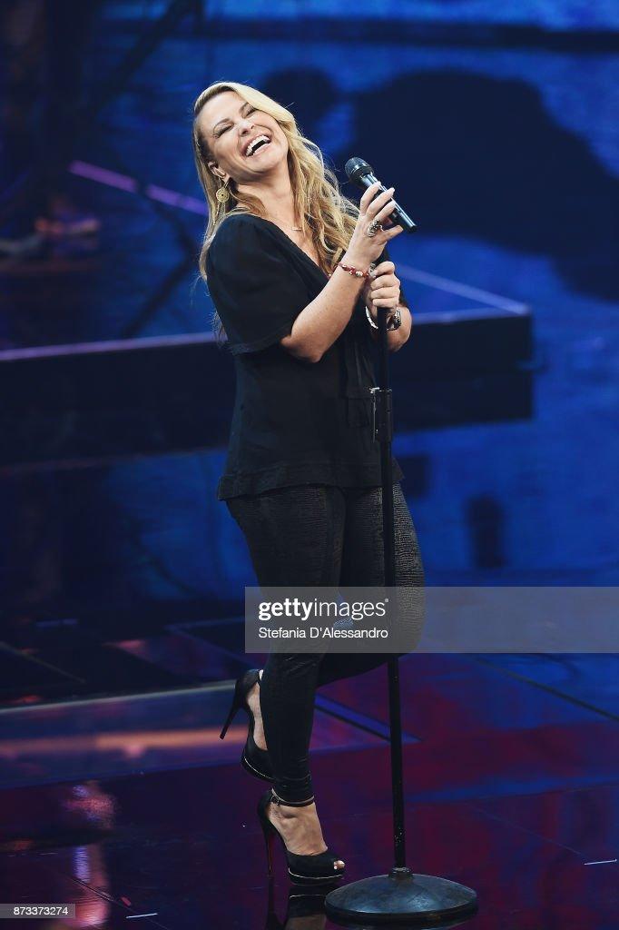 Anastacia performs at 'Che Tempo Che Fa' tv show at Rai Milan Studios on November 12, 2017 in Milan, Italy.