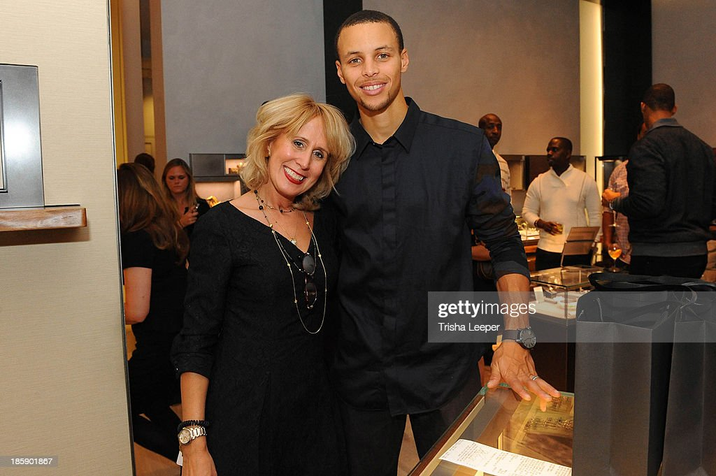 Anastasia Melissa and Stephen Curry attend the David Yurman Launch of The Meteorite Collection With Kent Bazemore at Westfield Valley Fair on October 25, 2013 in Santa Clara, California.
