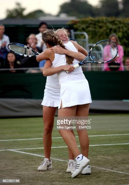 Anastasia Pavlyuchenkova and Urszula Radwanska celebrates with the girls doubles trophy