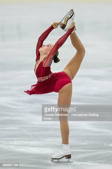 Анастасия Губанова - Страница 2 Anastasiia-gubanova-of-russia-competes-during-the-junior-ladies-free-picture-id598887198?s=594x594