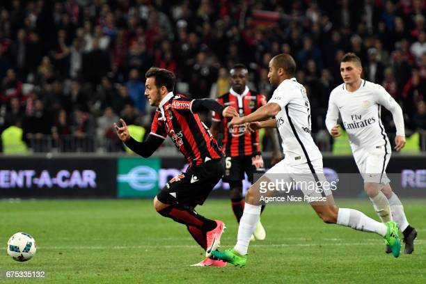 Anastasios Donis of Nice and Lucas Moura of PSG during the French Ligue 1 match between Nice and Paris Saint Germain at Allianz Riviera on April 30...