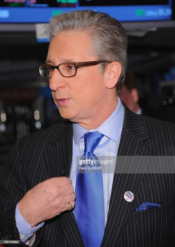 CNBC anchor Bob Pisani seen on the floor of the New York Stock Exchange on November 21, 2012 in New York City.