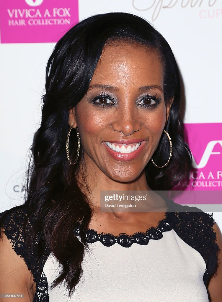 TV anchor <a gi-track='captionPersonalityLinkClicked' href=/galleries/search?phrase=Shaun+Robinson&family=editorial&specificpeople=209263 ng-click='$event.stopPropagation()'>Shaun Robinson</a> attends the Vivica A. Fox 50th birthday celebration at Philippe Chow on August 2, 2014 in Beverly Hills, California.