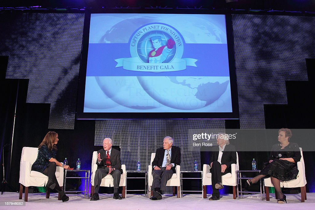 CNN anchor Suzanne Malveaux, Former President Jimmy Carter, Captain Planet Foundation Co-Founder Ted Turner, Sir Richard Branson and Lisa Jackson participate in The Conversation Presented by Fisker during the Captain Planet Foundation's benefit gala at Georgia Aquarium on December 7, 2012 in Atlanta, Georgia.