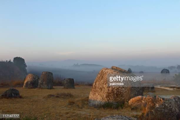 Ancienne et célèbre Plaine des jarres au Laos