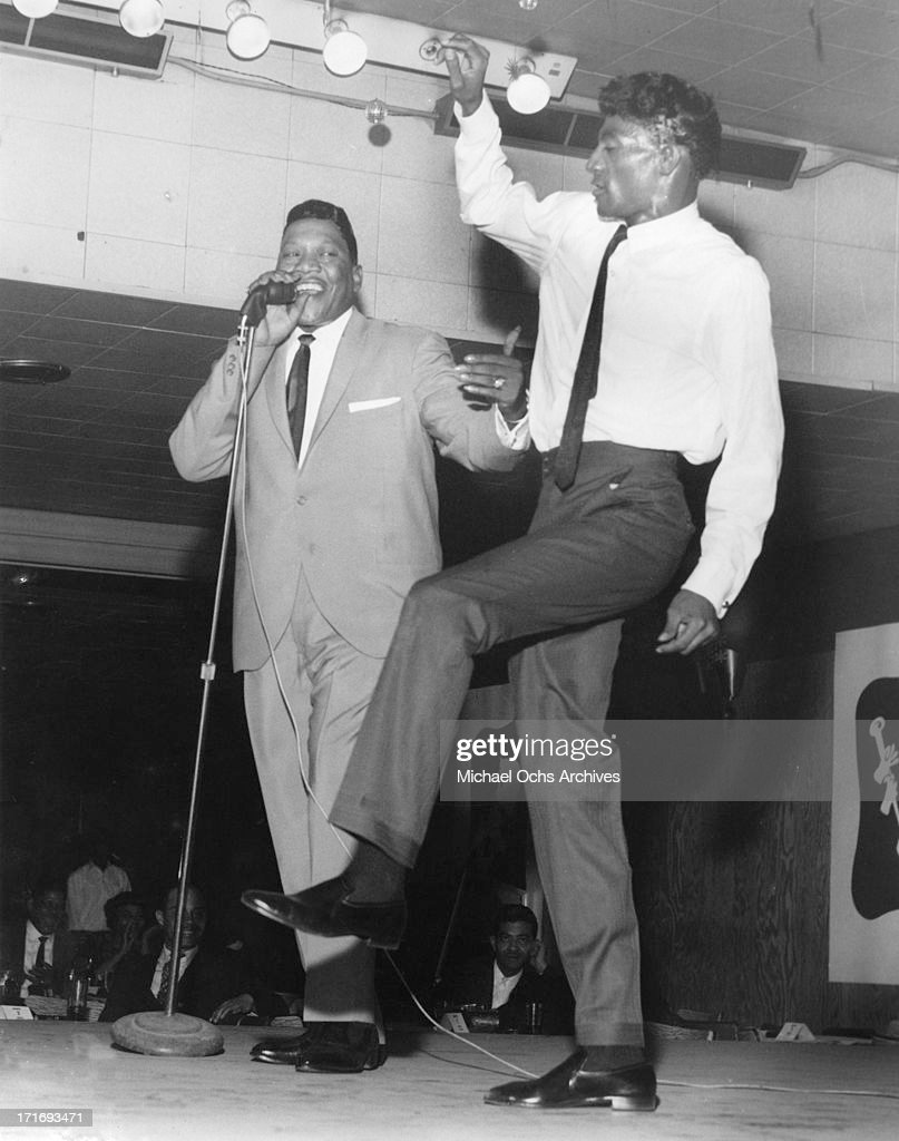R and B musician Bobby 'Blue' Bland performs onstage with fellow musician Al 'TNT' Braggs in circa 1963