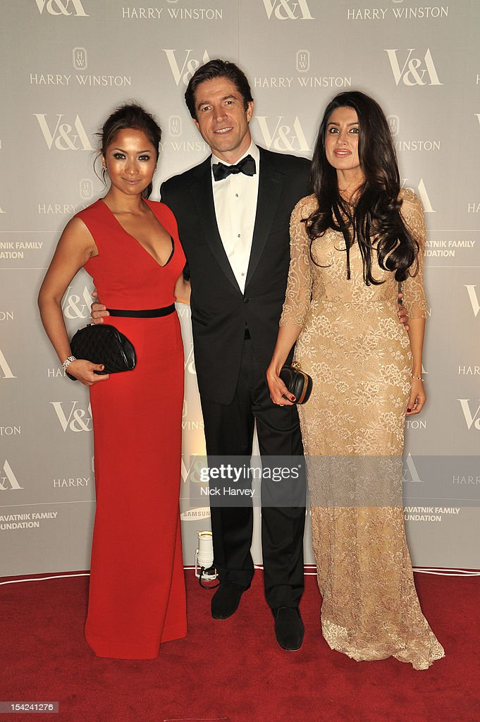 And President Harry Winston Frederic De Narp (C), Naja Hariff (L) and guest attend the Hollywood Costume gala dinner at the Victoria & Albert Museum on October 16, 2012 in London, England.