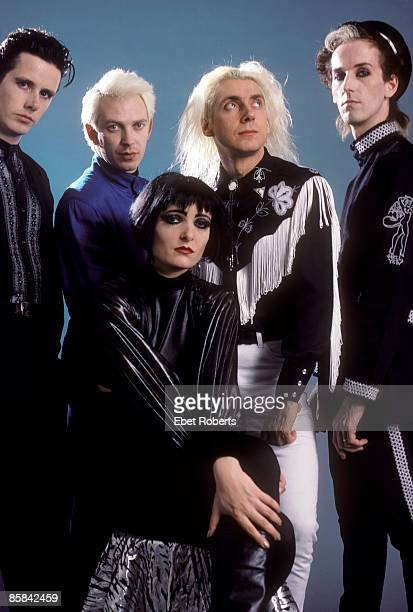 Photo of SIOUXSIE AND THE BANSHEES and SIOUXSIE The Banshees Siouxsie and the Banshees photographed in New York City on October 28 1988
