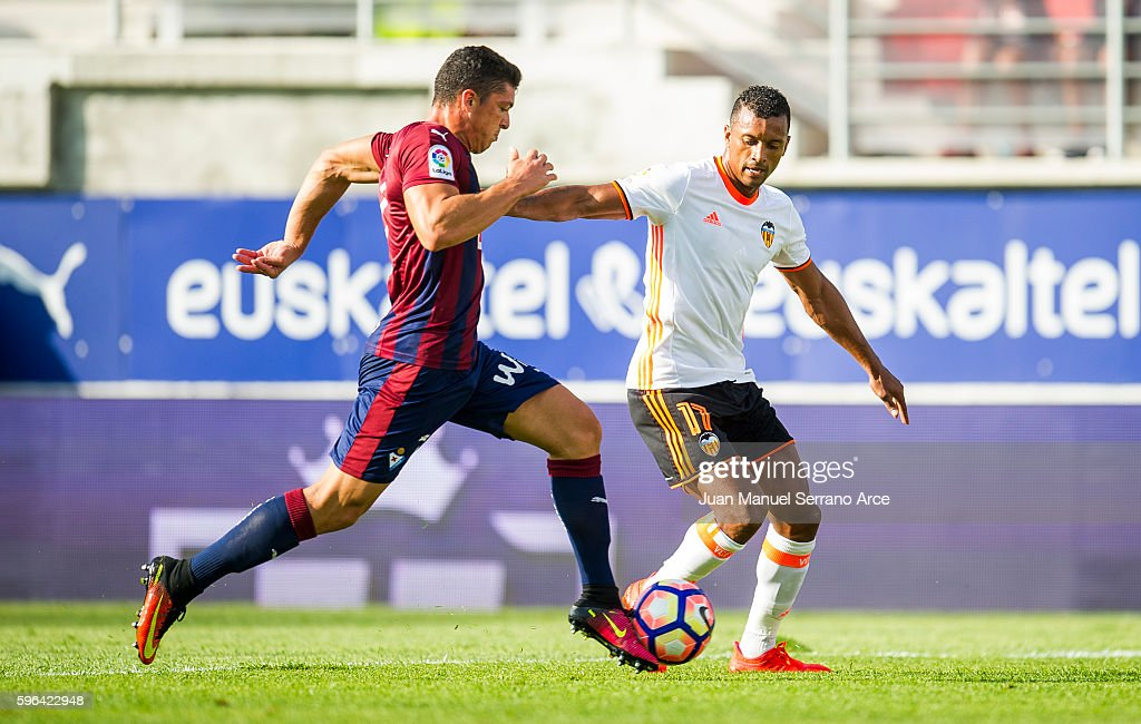 Ander Capa of SD Eibar duels for the ball with Nani of Valencia CF during the La Liga match between SD Eibar and Valencia CF at Ipurua Municipal...