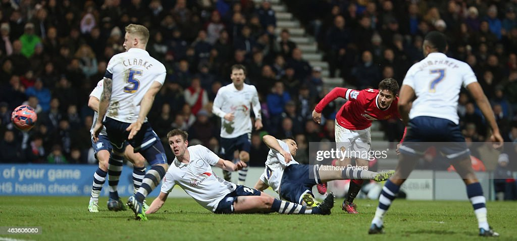 Ander Herrera of Manchester United scores their first goal during the FA Cup Fifth Round match between Preston North End and Manchester United at Deepdale on February 16, 2015 in Preston, England.