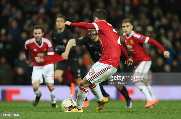 Ander Herrera of Manchester United scores their fourth goal during the UEFA Europa League match between Manchester United and FC Midtjylland at Old...