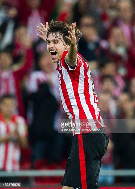 Ander Iturraspe of Athletic Club Bilbao celebrates after scoring during the La Liga match between Athletic Club and RCD Espanyol at San Mames Stadium...