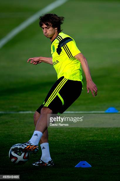 Ander Iturraspe of Spain controls the ball during a training sesion at Ciudad del Futbol on May 26 2014 in Las Rozas de Madrid Spain