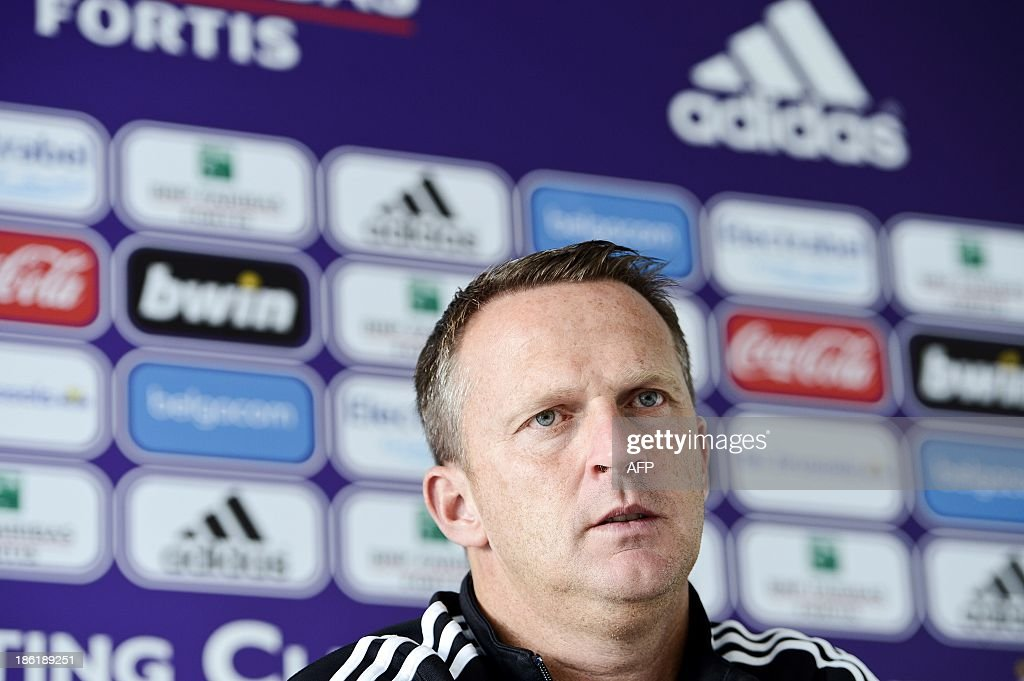 Anderlecht's Dutch coach John van den Brom holds a press conference in Brussels on October 29, 2013. AFP PHOTO/BELGA/LAURIE DIEFFEMBACQ