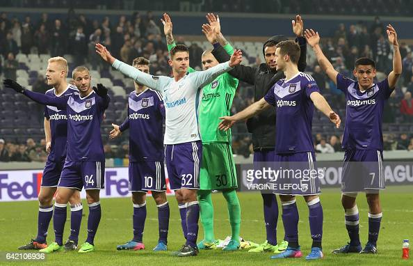 FBL-EUR-C3-ANDERLECHT-ZENIT : News Photo