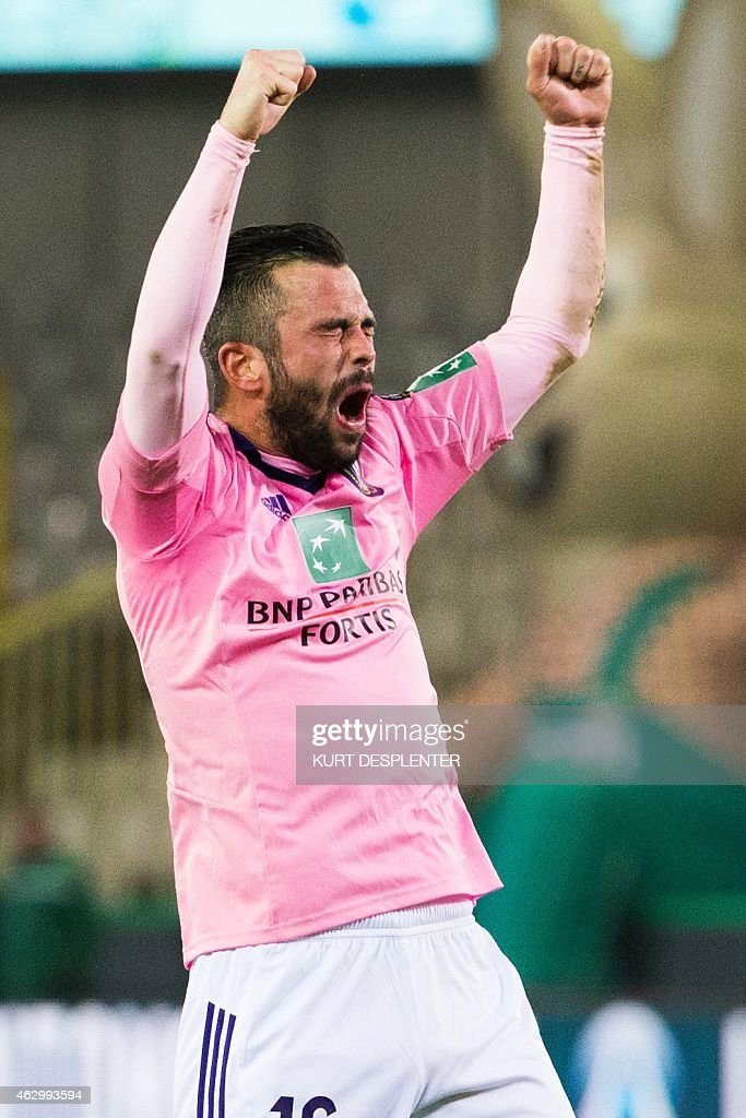 Anderlecht's <a gi-track='captionPersonalityLinkClicked' href=/galleries/search?phrase=Steven+Defour&family=editorial&specificpeople=5733692 ng-click='$event.stopPropagation()'>Steven Defour</a> celebrates after scoring a goal during the Jupiler Pro League match between Cercle Brugge and RSC Anderlecht, in Brugge, on February 8 2015, on day 25 of the Belgian soccer championship.