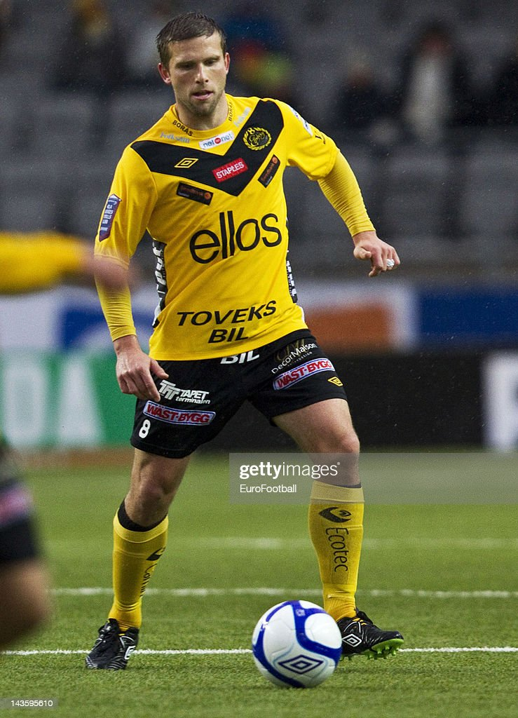 <a gi-track='captionPersonalityLinkClicked' href=/galleries/search?phrase=Anders+Svensson&family=editorial&specificpeople=167083 ng-click='$event.stopPropagation()'>Anders Svensson</a> of IF Elfsborg in action during the Swedish Allsvenskan League match between IF Elfsborg and GAIS Goteborg held on April 26, 2012 at the Boras Arena, in Boras, Sweden.