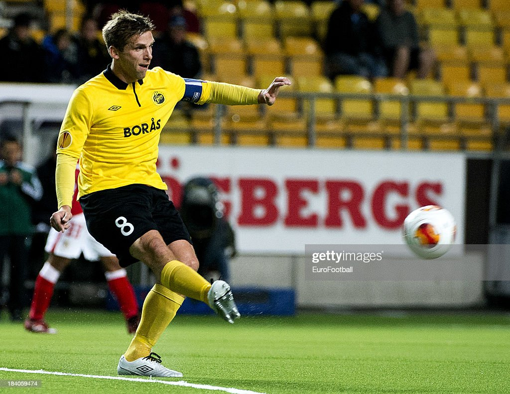 <a gi-track='captionPersonalityLinkClicked' href=/galleries/search?phrase=Anders+Svensson&family=editorial&specificpeople=167083 ng-click='$event.stopPropagation()'>Anders Svensson</a> of IF Elfsborg in action during the UEFA Europa League group stage match between IF Elfsborg and R. Standard de Liege held on October 3, 2013 at the Boras Arena, in Boras, Sweden.