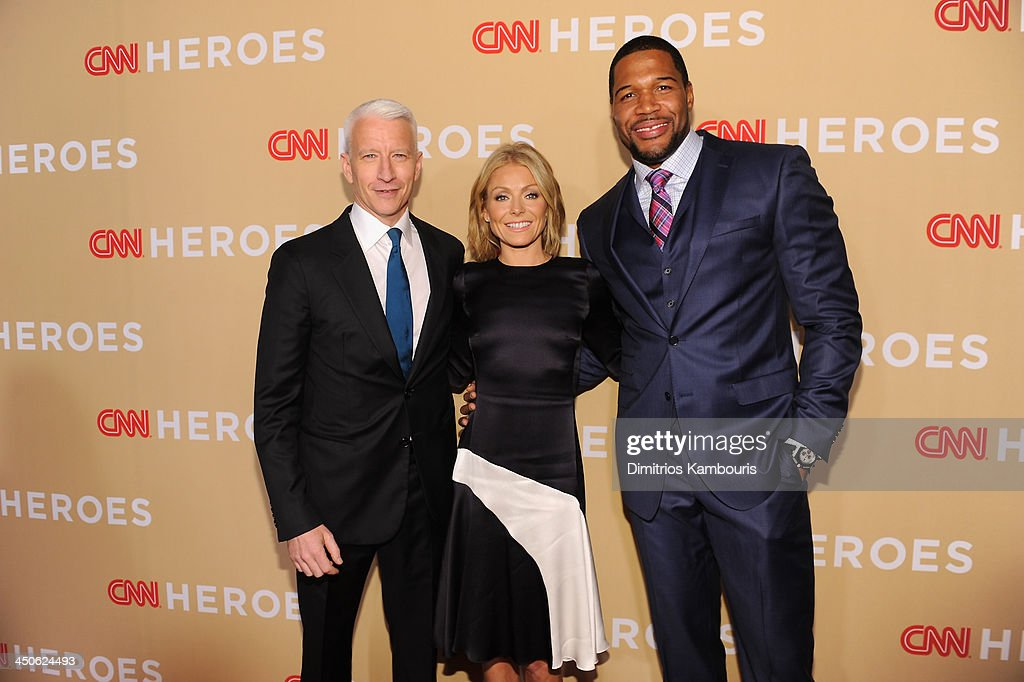 <a gi-track='captionPersonalityLinkClicked' href=/galleries/search?phrase=Anderson+Cooper&family=editorial&specificpeople=226776 ng-click='$event.stopPropagation()'>Anderson Cooper</a>, <a gi-track='captionPersonalityLinkClicked' href=/galleries/search?phrase=Kelly+Ripa&family=editorial&specificpeople=202134 ng-click='$event.stopPropagation()'>Kelly Ripa</a> and <a gi-track='captionPersonalityLinkClicked' href=/galleries/search?phrase=Michael+Strahan&family=editorial&specificpeople=210563 ng-click='$event.stopPropagation()'>Michael Strahan</a> attend 2013 CNN Heroes: An All Star Tribute at the American Museum of Natural History on November 19, 2013 in New York City. 24079_014_0543.JPG