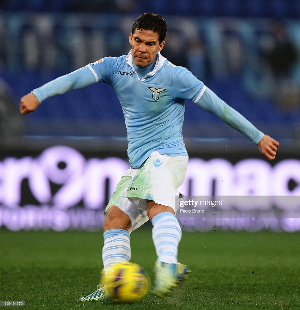 Anderson <a gi-track='captionPersonalityLinkClicked' href=/galleries/search?phrase=Hernanes&family=editorial&specificpeople=4522139 ng-click='$event.stopPropagation()'>Hernanes</a> of S.S. Lazio in action during the Serie A match between S.S. Lazio and Atalanta BC at Stadio Olimpico on January 13, 2013 in Rome, Italy.
