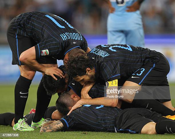 Anderson Hernanes with his teammates of FC Internazionale Milano celebrates after scoring the team's second goal during the Serie A match between SS...
