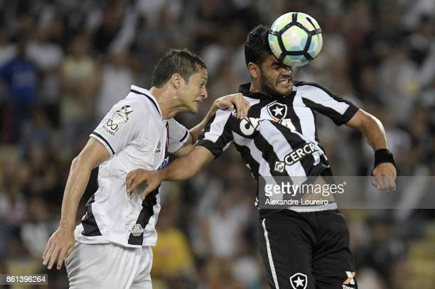 Anderson Martins of Vasco da Gama battles for the ball with Brenner of Botafogo during the match between Vasco da Gama and Botafogo as part of...