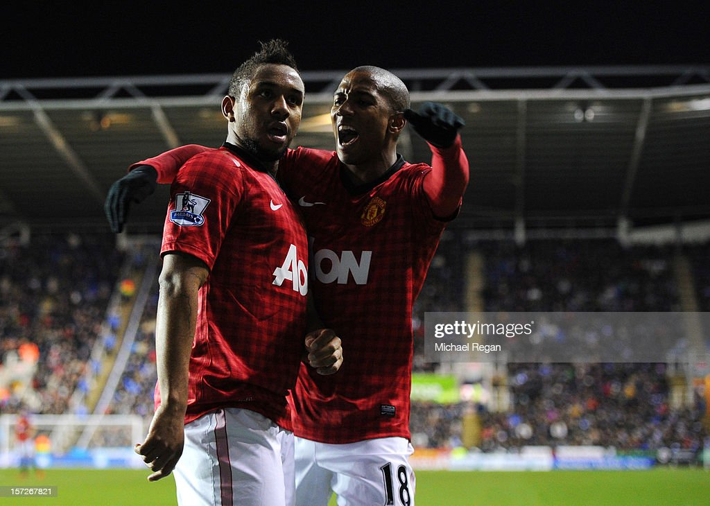 Anderson of Manchester United celebrates scoring with teammate <a gi-track='captionPersonalityLinkClicked' href=/galleries/search?phrase=Ashley+Young&family=editorial&specificpeople=623155 ng-click='$event.stopPropagation()'>Ashley Young</a> during the Barclays Premier League match between Reading and Manchester United at Madejski Stadium on December 1, 2012 in Reading, England.