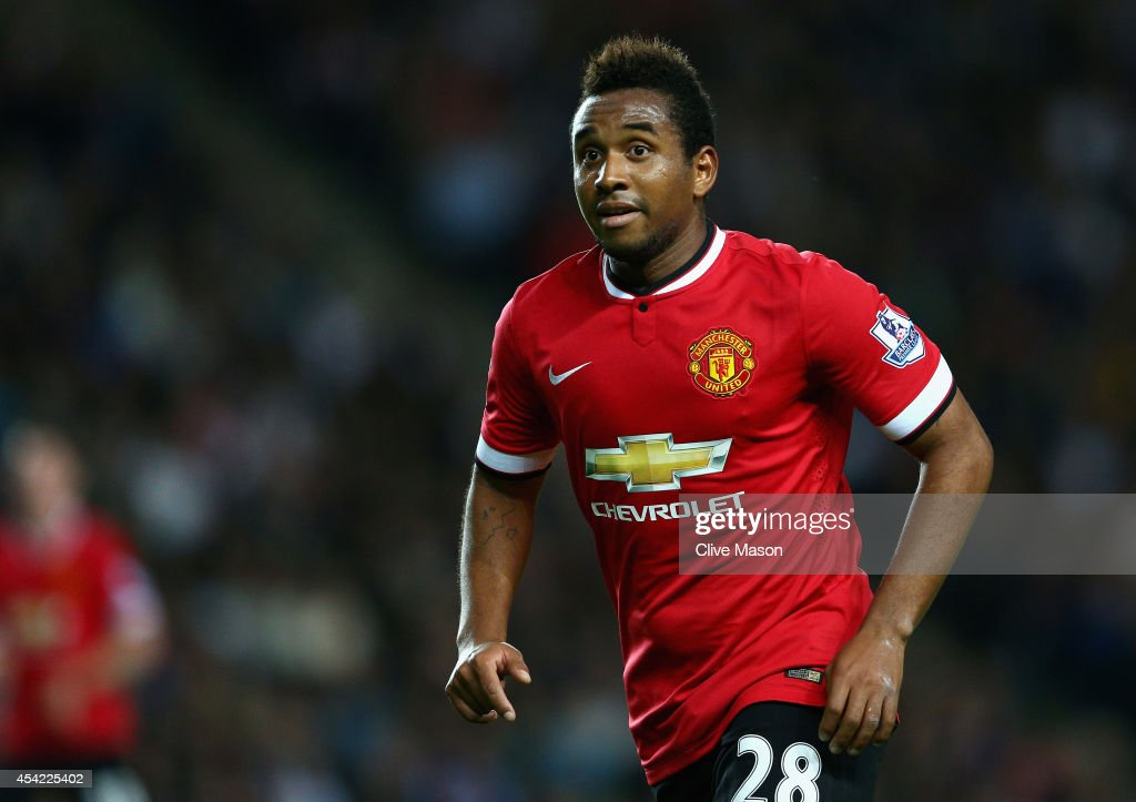 MK Dons v Manchester United - Capital One Cup Second Round : News Photo