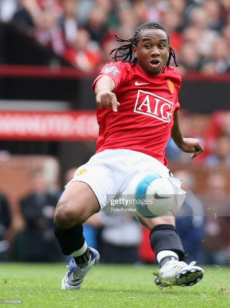 Anderson of Manchester United in action on the ball during the Barclays FA Premier League match between Manchester United and Wigan Athletic at Old Trafford on October 6 2007, in Manchester, England.