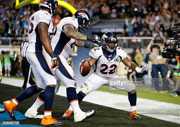 J Anderson of the Denver Broncos celebrates after scoring a 2yard touchdown in the fourth quarter against the Carolina Panthers during Super Bowl 50...