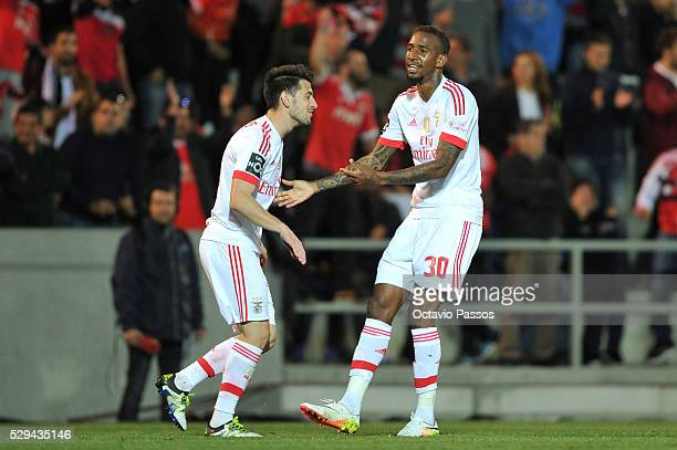 Anderson Talisca of SL Benfica celebrates after score a goal against CS Maritimo during the Portuguese Primeira Liga at Estadio dos Barreiros on May...