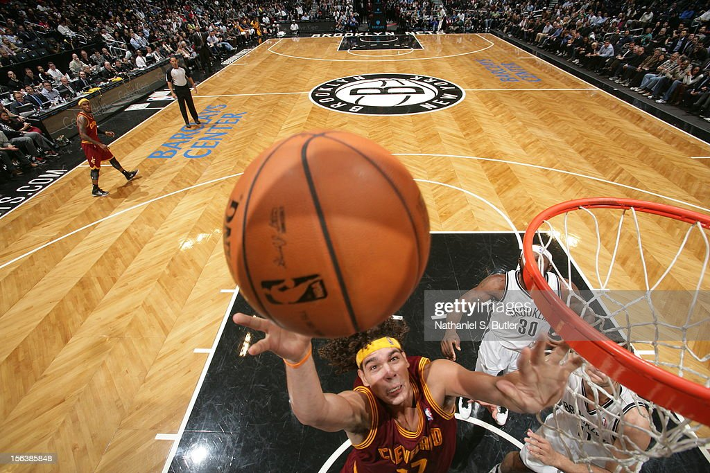 Anderson Varejao #17 of the Cleveland Cavaliers drives to the basket against the Brooklyn Netson November 13, 2012 at the Barclays Center in the Brooklyn Borough of New York City.