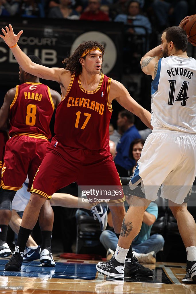 Anderson Varejao #17 of the Cleveland Cavaliers plays tight defense against the Minnesota Timberwolves during the game on December 7, 2012 at Target Center in Minneapolis, Minnesota.