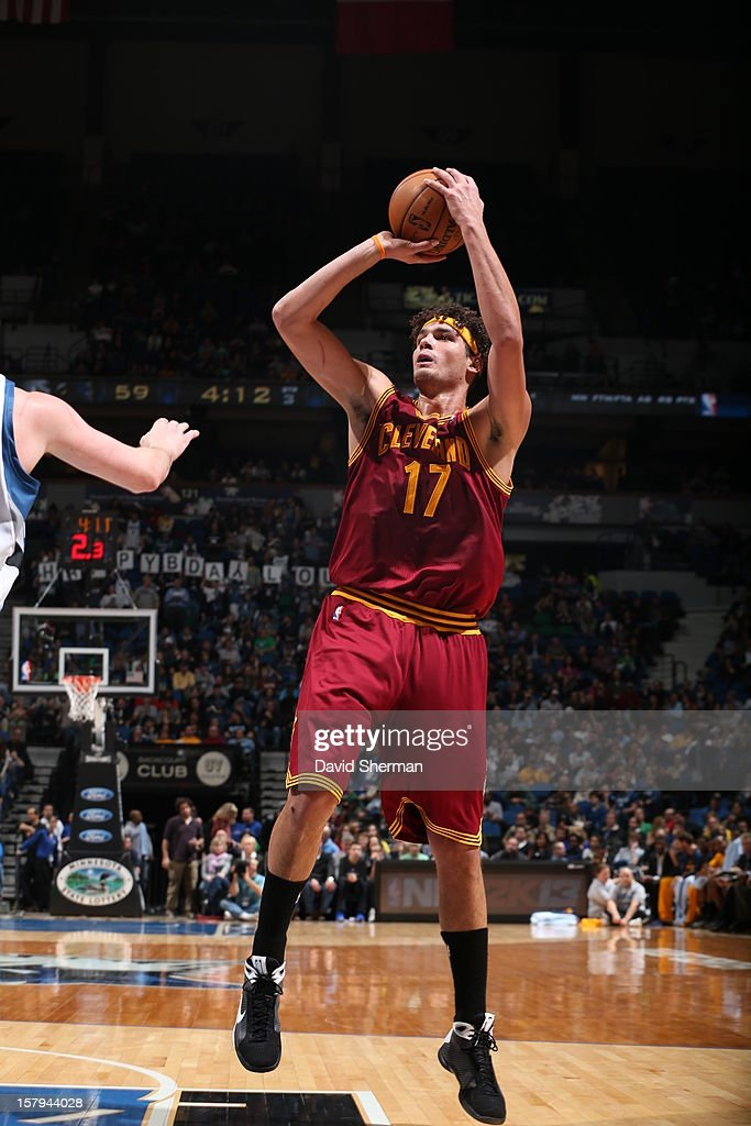 Anderson Varejao #17 of the Cleveland Cavaliers takes a shot against the Minnesota Timberwolves during the game on December 7, 2012 at Target Center in Minneapolis, Minnesota.