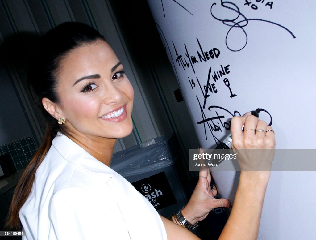 Andi Dorfman appears to promote 'It's Not Okay' during the AOL BUILD Series at AOL Studios In New York on May 25, 2016 in New York City.