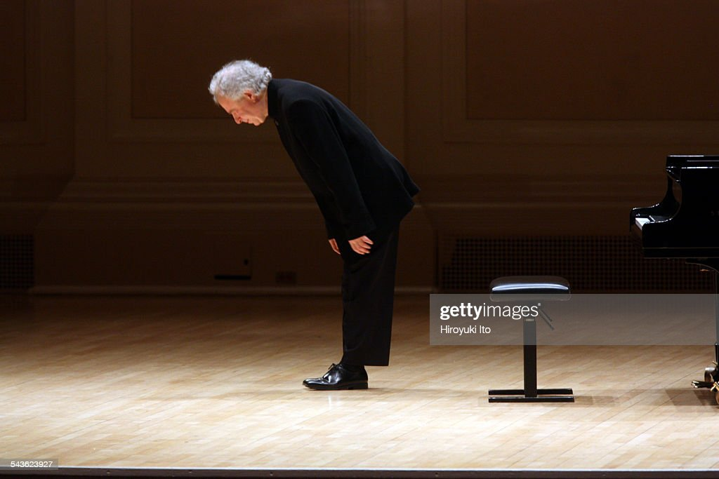 Andras Schiff performing the music of Haydn Beethoven Mozart and Schubert at Carnegie Hall on Tuesday night March 10 2015